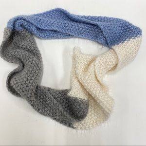 Old Navy White, Blue and Gray Scarf